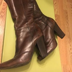 Gianni Bini zipper tall boots 8 worn at home once